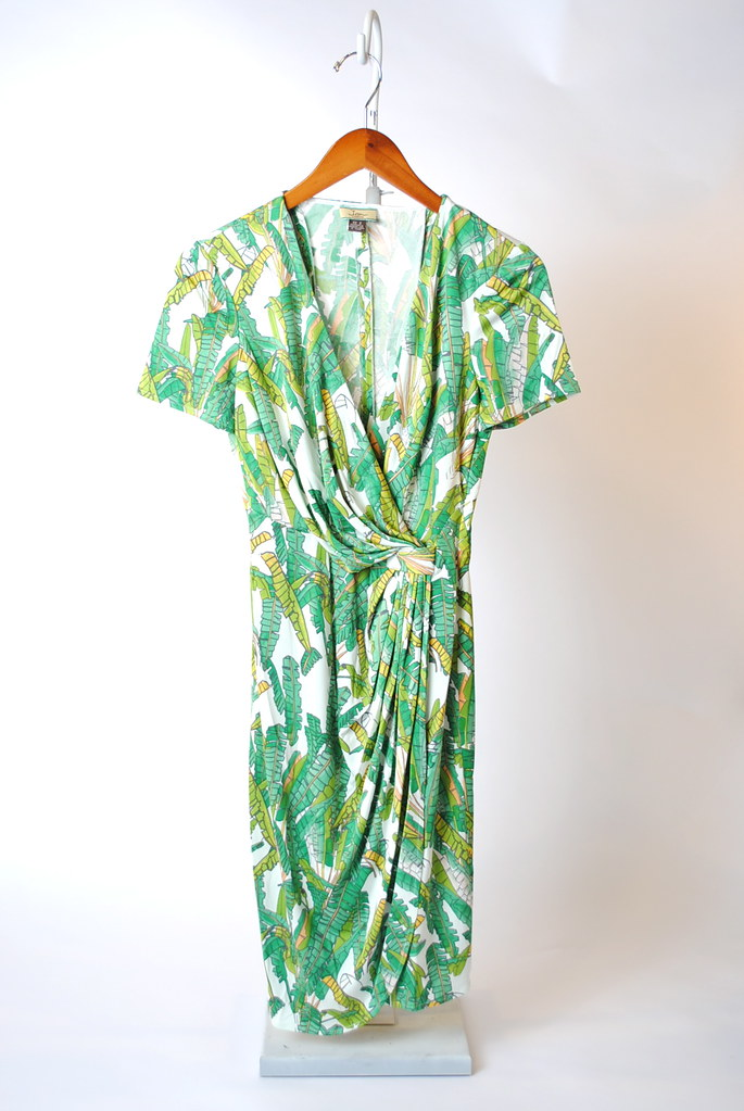 Short Sleeve Drape Side Dress