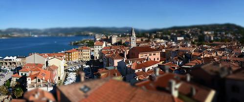 red sea italy italia mare tetti confine belltower roofs campanile rosso trieste borderland friuliveneziagiulia muggia nikond5100
