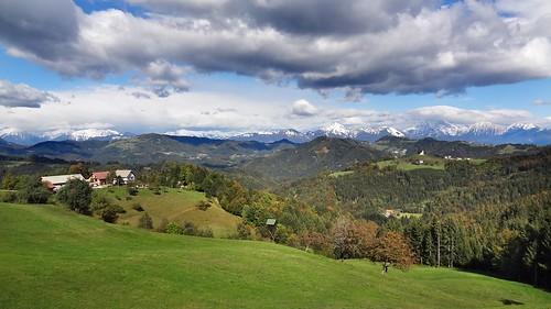 panorama cloud snow mountains church clouds slovenia slovenija tomaz krvavec storzic kocna storžič grintovec tomaž kočna rantovše rantovse
