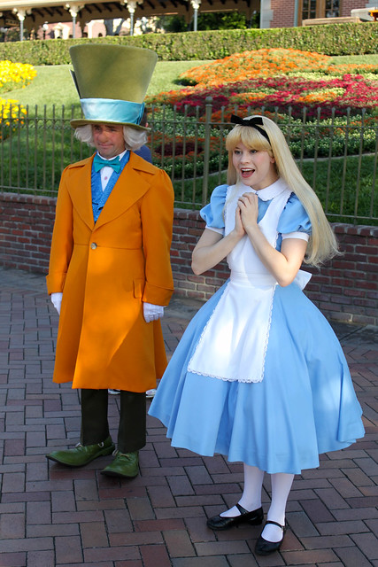 disneyland california alice and the mad hatter