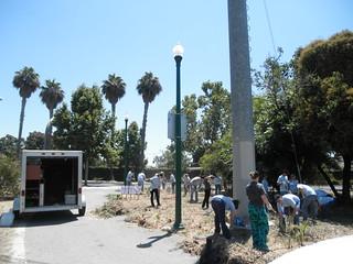 Volunteers help restore park