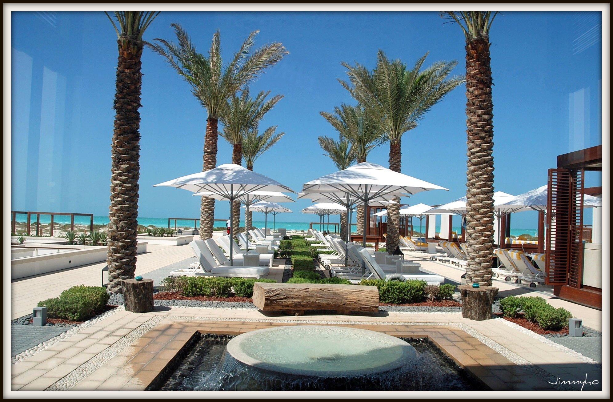 completed monte carlo beach club saadiyat island. Black Bedroom Furniture Sets. Home Design Ideas