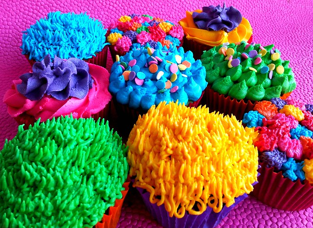 Bright rainbow colour cupcakes | Flickr - Photo Sharing!