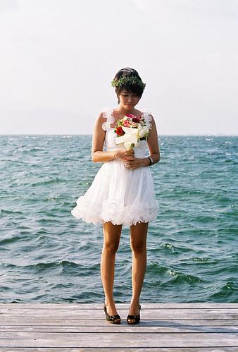 無料写真素材, 人物, 女性  アジア, 結婚式, ウエディングドレス, 人物  海, 人物  花・植物, ベトナム人