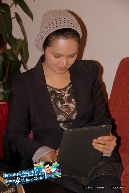 Siti Nurhaliza LCCT Sepang AirAsia X