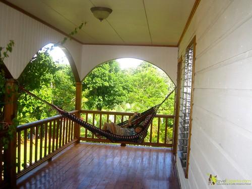 hammock swinging hotel in utila honduras