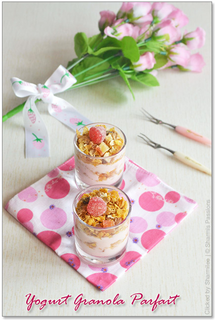 Yogurt Granola Parfait Recipe