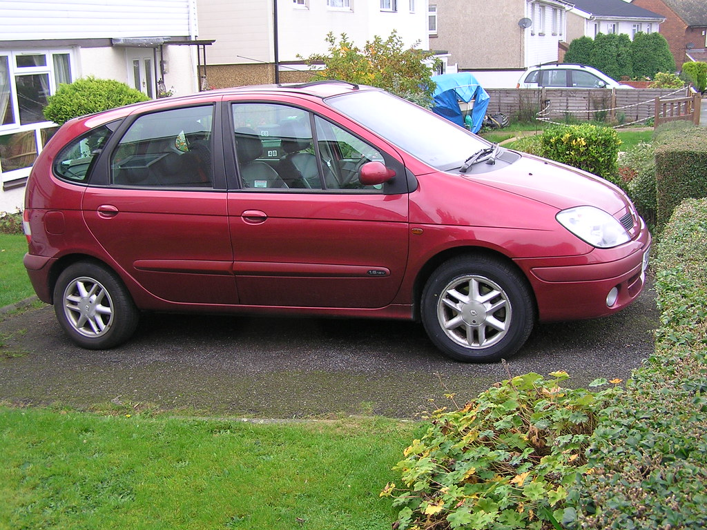 gamiths renault scenic 1 6 auto 2002 car blogs wheels inmotion. Black Bedroom Furniture Sets. Home Design Ideas