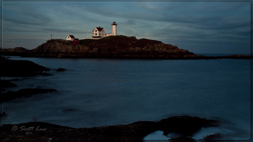ocean york sea sky usa lighthouse water night clouds glow maine capeneddick lighthousetrek