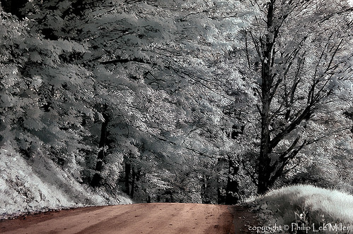 nature vermont nikond70 lakes fallfoliage valley infrared frostymorning mapletrees countryroads pomfret topazclean