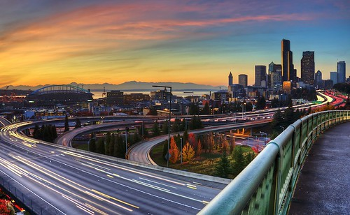 seattle park bridge sunset skyline washington i5 overpass interstate lighttrails rizal 12thstreet seattleskyline rizalbridge drrizal pwpartlycloudy