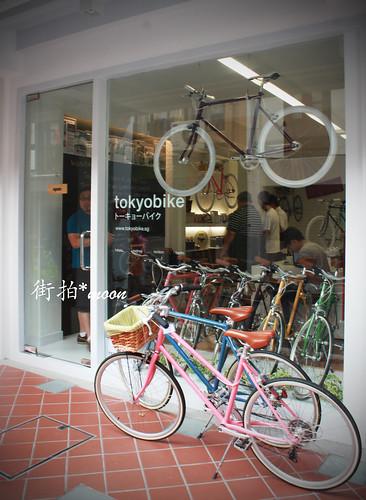 偶遇腳踏車店 by moon_o