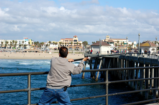fishing on the huntington beach pier flickr photo sharing