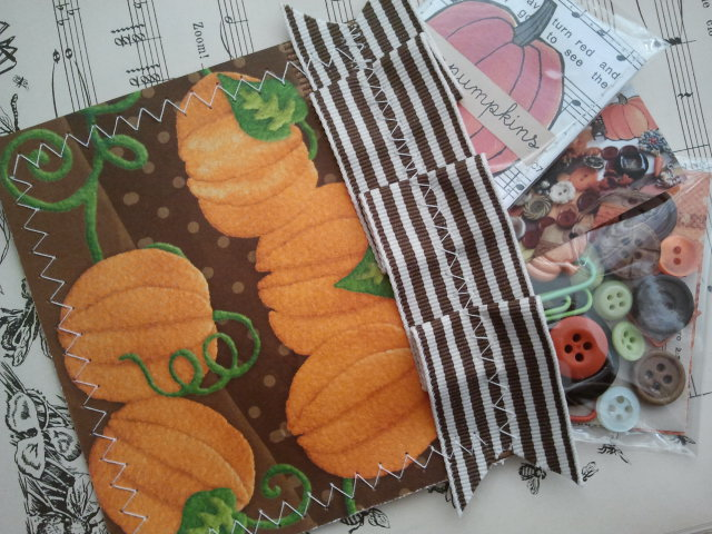 Pumpkin Paper Pocket *GIVEAWAY*