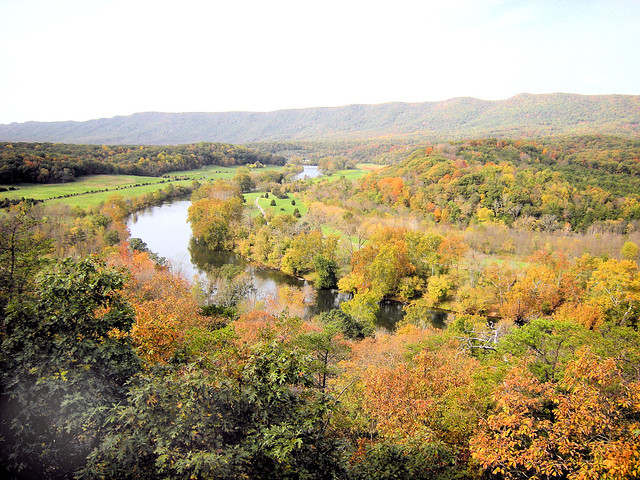 Shenandoah River overlook in October at Shenandoah River State Park