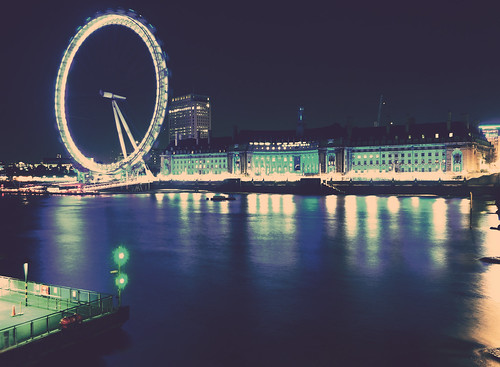 {London Eye}