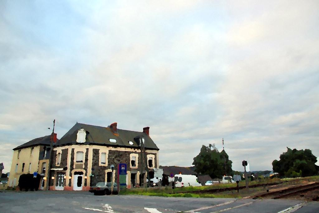 pontorson mont michel railway station around guides