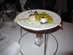 Anchoas en salazón con cebolletas y aceitunas - Restaurante Goizeko Kabi'ar - Madrid