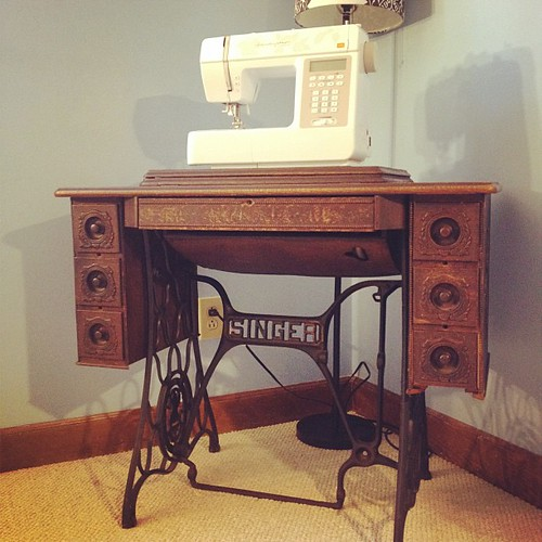 """""""new"""" sewing table, courtesy my great-grandma :)"""