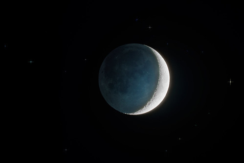 Waxing crescent Moon with earthshine 26 March 2012