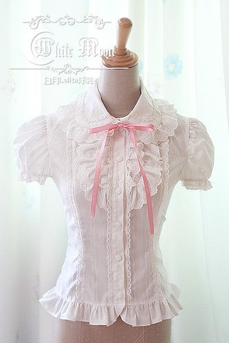 White_moon_white_lapel_short_puffy_sleeves_lolita_shirt_1