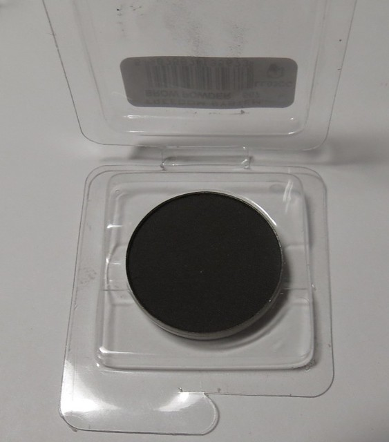 Inglot Eyebrow Powder in 567