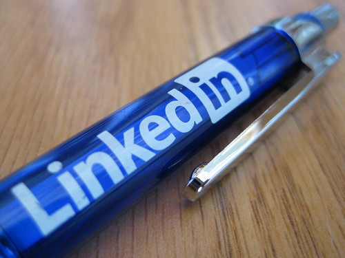 8 Tips for Promoting Professional Services on LinkedIn