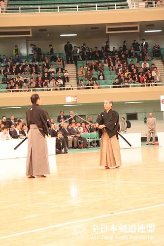 前年度、第59回全日本剣道選手権大会での日本剣道形公開演武