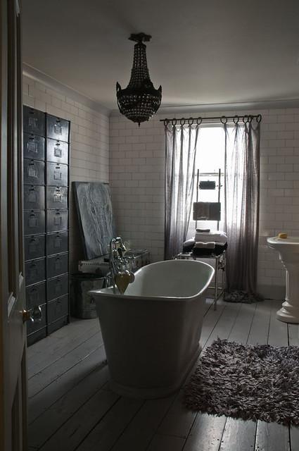Alex macarthur baroque vintage eclectic industrial modern for Baroque style bathroom