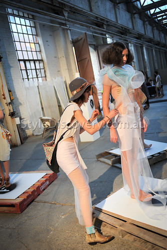 Curtin-2011-the-factory-backstage-2814