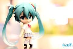 Schoolgirl Miku