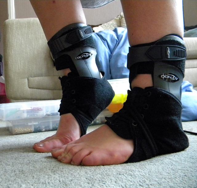 Donjoy Velocity Ankle Braces Flickr Photo Sharing
