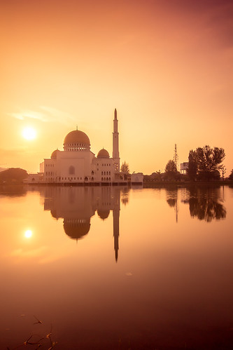 day mosque clear malaysia taman masjid الله malay puchong في perdana صور alsalam malaisia بيت العالم مساجد جميلة فـي المسجد بيوت أجمل المساجد اجمل الجوامع لمساجد اجــمل