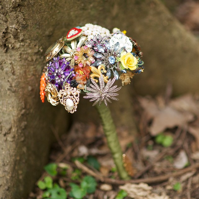Brooch Bouquet 1