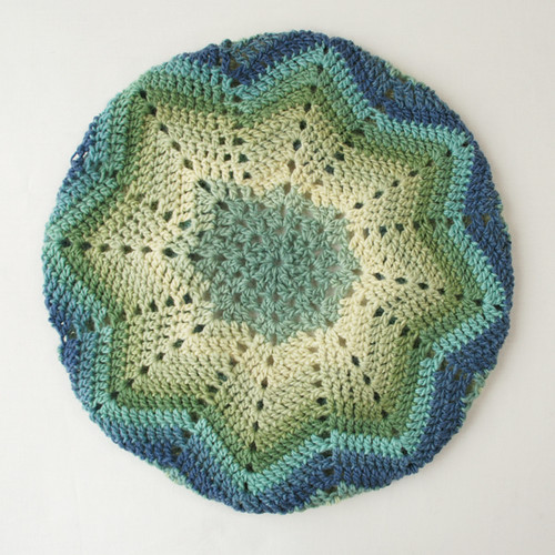 Crochet_beret_wideshot1
