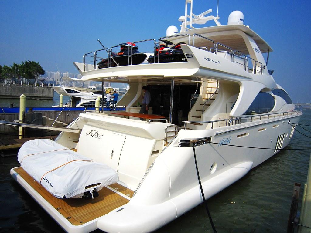 Yacht 游艇 ($5m euro)