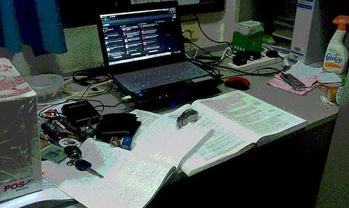 Meja studi