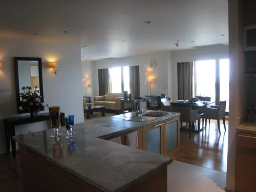 LE BUA room4