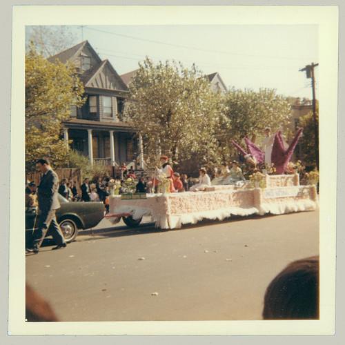 Parade 02