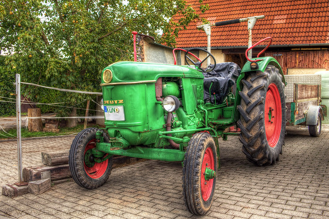 HDR tractor in green