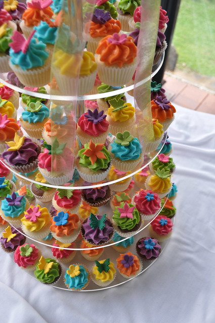 Bright wedding cupcakes | Mini triple coconut, citrus passio ...
