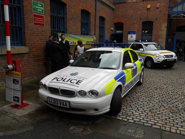 Jaguar Xj Police Car Front Shot Flickr Photo Sharing