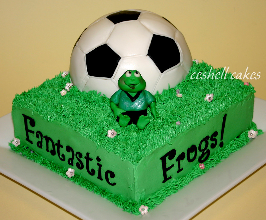 Images Of Soccer Cake : Soccer Ball Cake - a photo on Flickriver