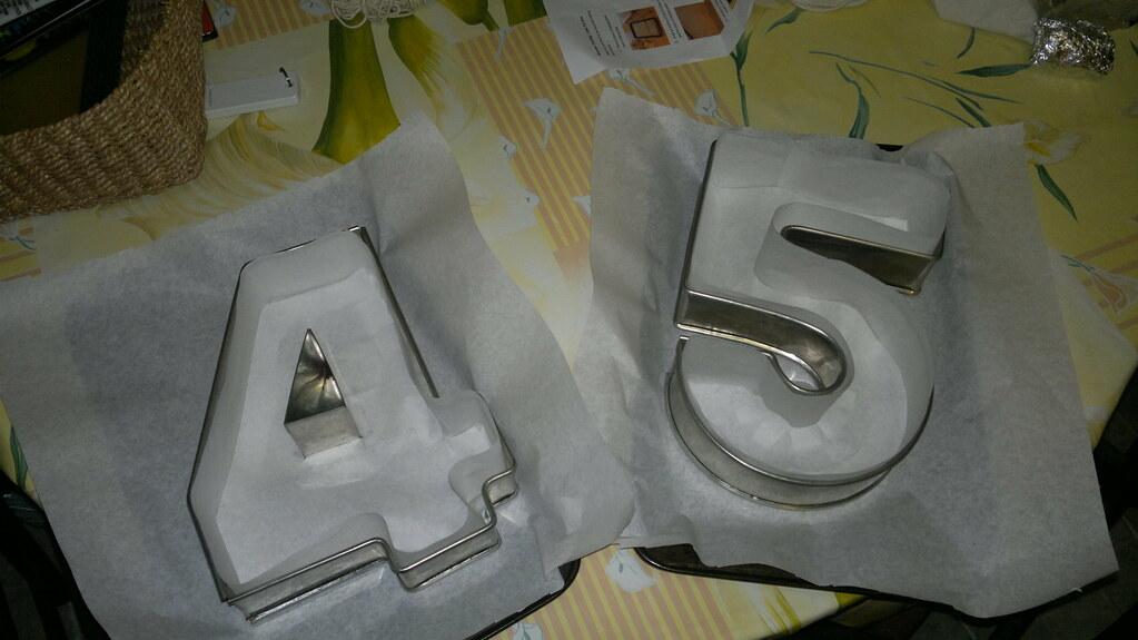 number cake tins cake tins number cake tins cake. Black Bedroom Furniture Sets. Home Design Ideas
