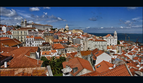 Pics from the attic: Lisbon on a bright, sunny day