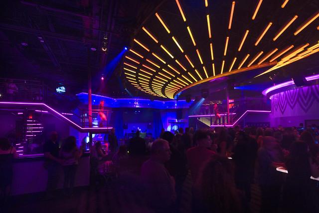 Casino Nightclub Décor | Custom LED Lighting Design ...