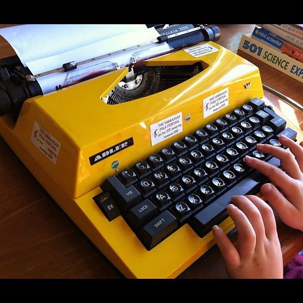 Best freecycle find ever! #retro #typewriter #yellow
