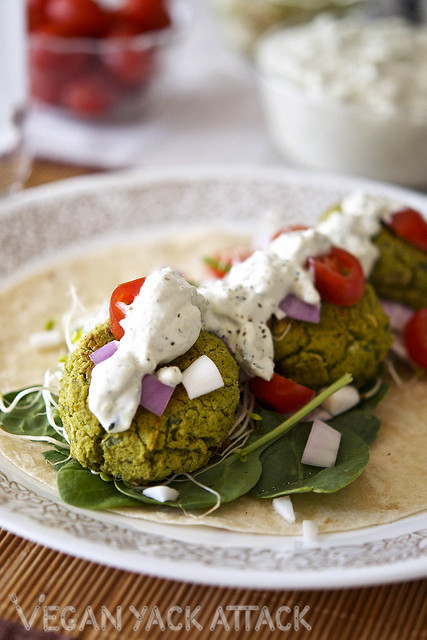 This is a delightful, and healthier take on the tradition falafel recipe! These Baked Spinach Falafel are perfect for that well-rounded dinner.