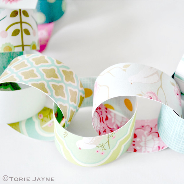 Bird printed paper chains