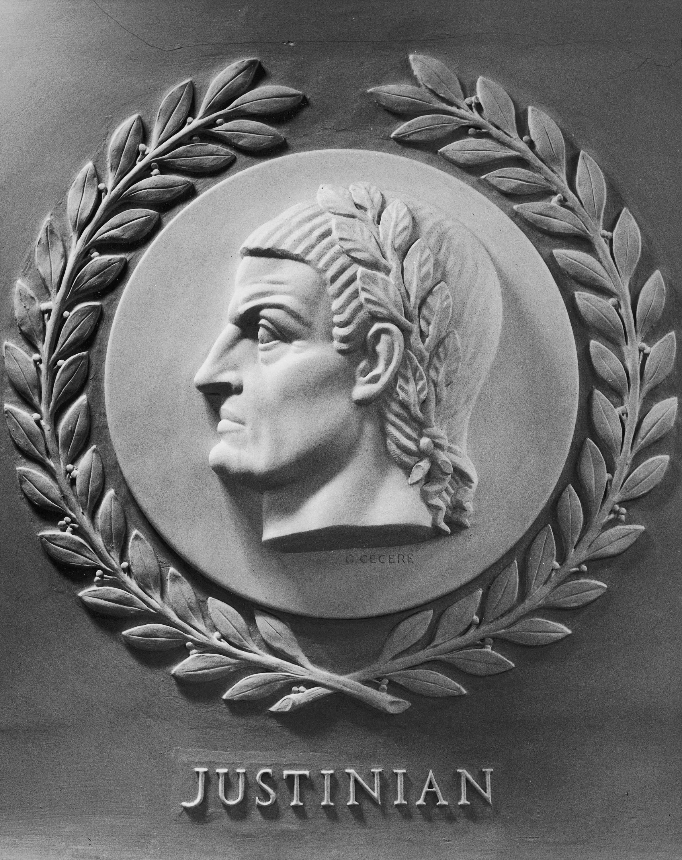 justinian i Justinian i (/ dʒ ʌ ˈ s t ɪ n i ə n /) (latin: flavius petrus sabbatius iustinianus augustus, greek: φλάβιος πέτρος σαββάτιος.